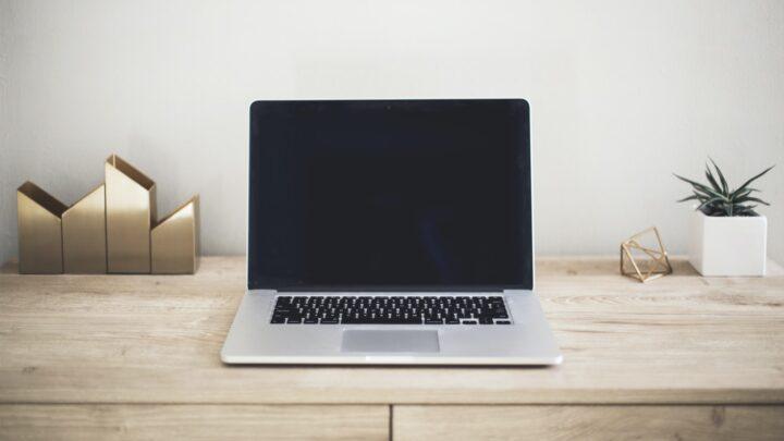 Sådan bliver du nemt klogere på internettet på svensk: find en svensk softwareportal